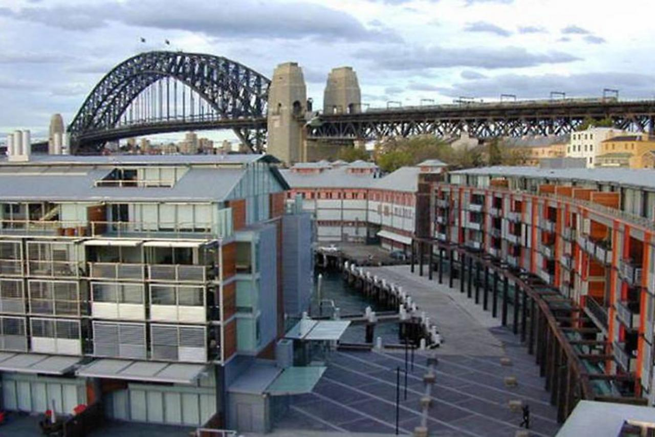 Stunningly Upgraded Apartment In The Exclusive Pier Development At Walsh Bay 521 19 Hickson Road