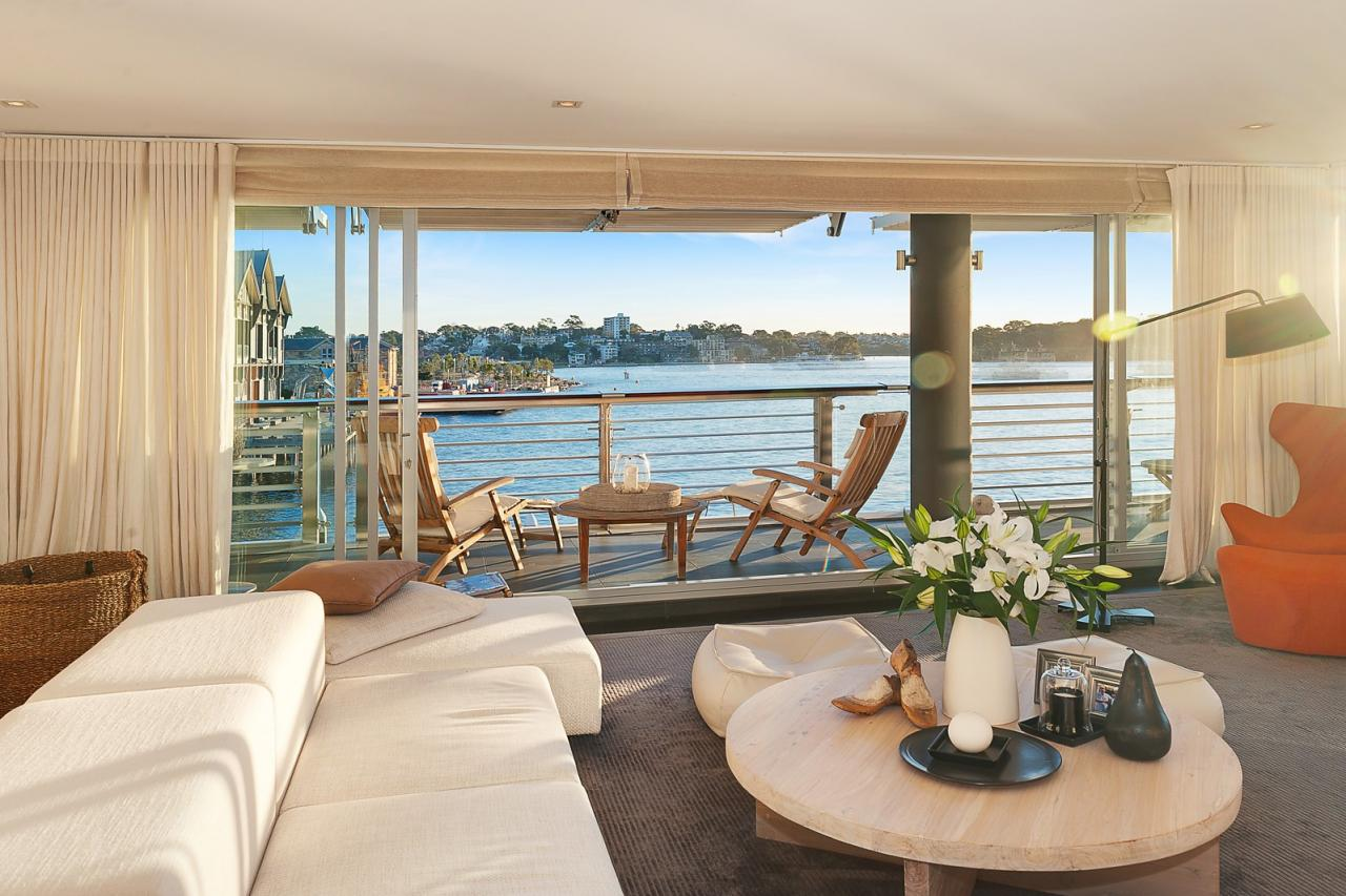 Fully Furnished Executive Harbour Front Apartment Walsh Bay 328 19 Hickson Road